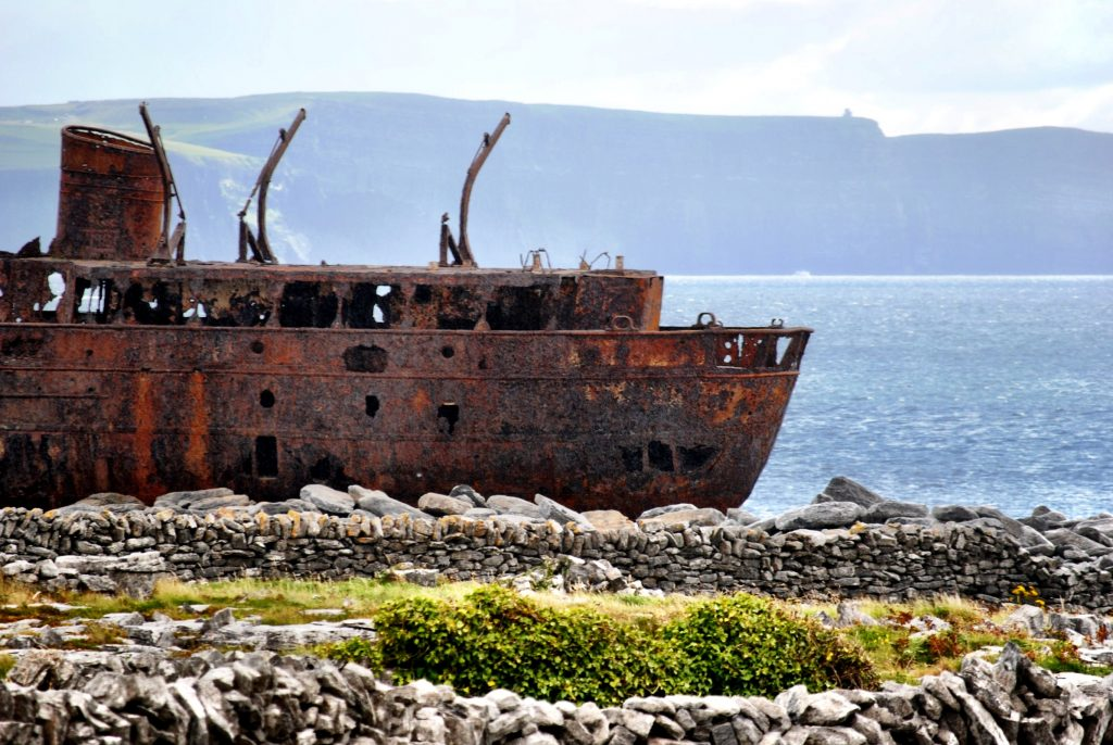 Visiting the Aran Islands in Ireland - Married with Wanderlust