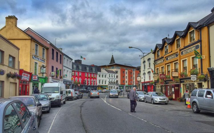 How to Spend a Day in Killarney, Ireland - Married with