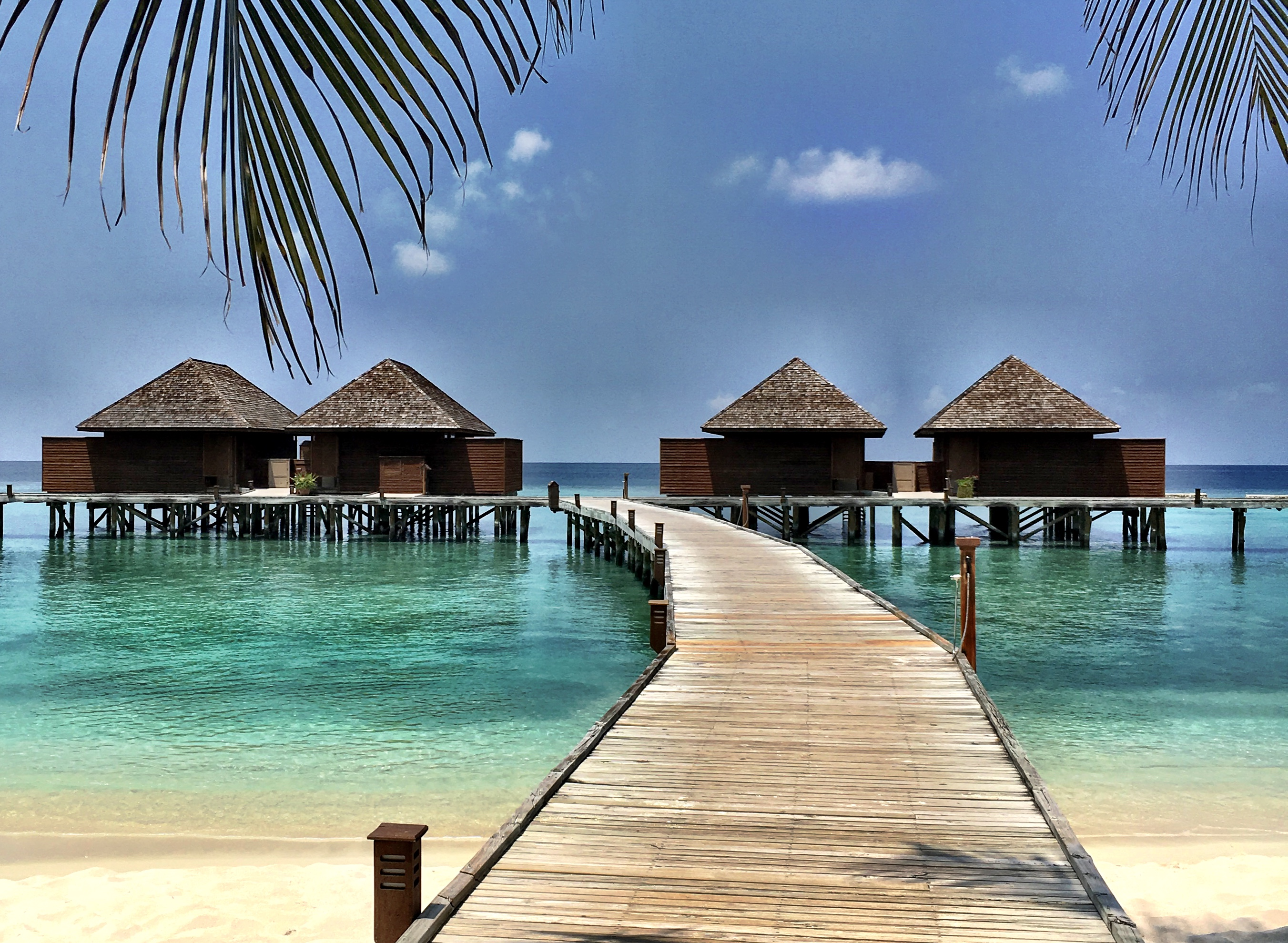 Veligandu Island - Maldives - Overwater Bungalows View