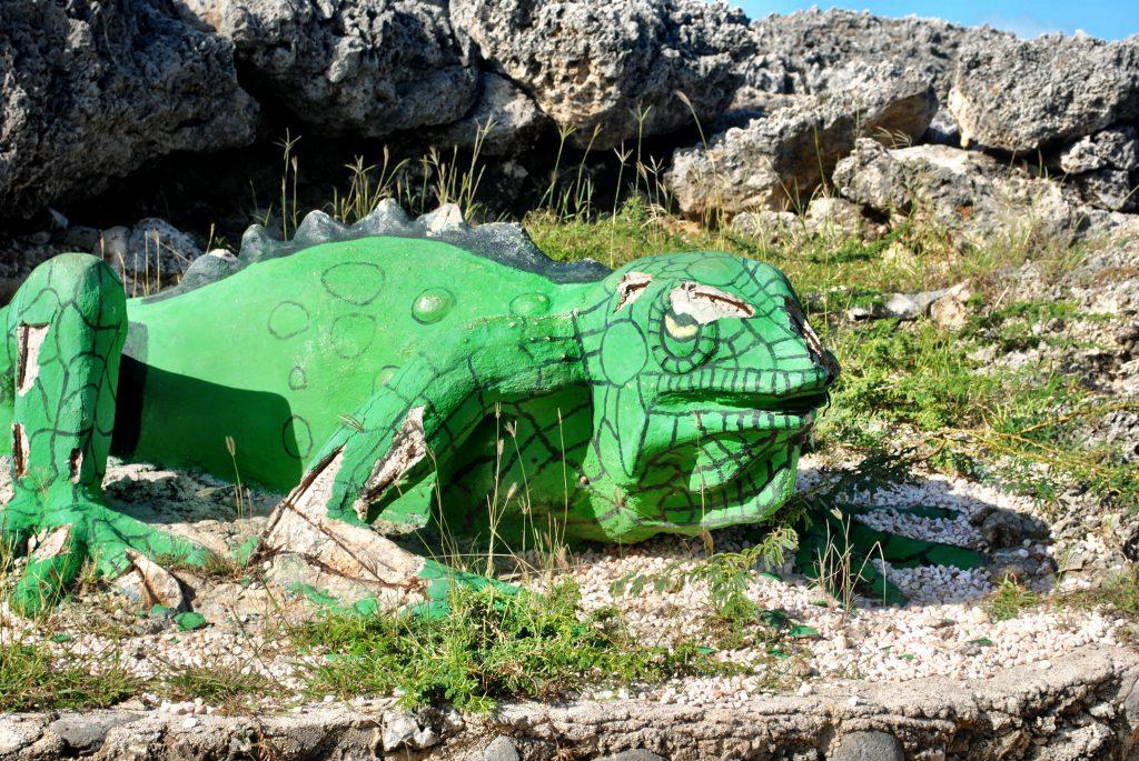 Curacao - Boka Tabla - Iguana Statue