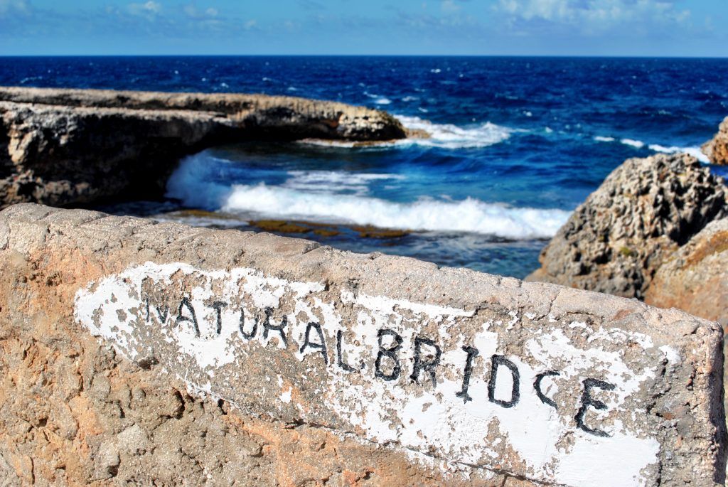 Curacao - Natural Bridge