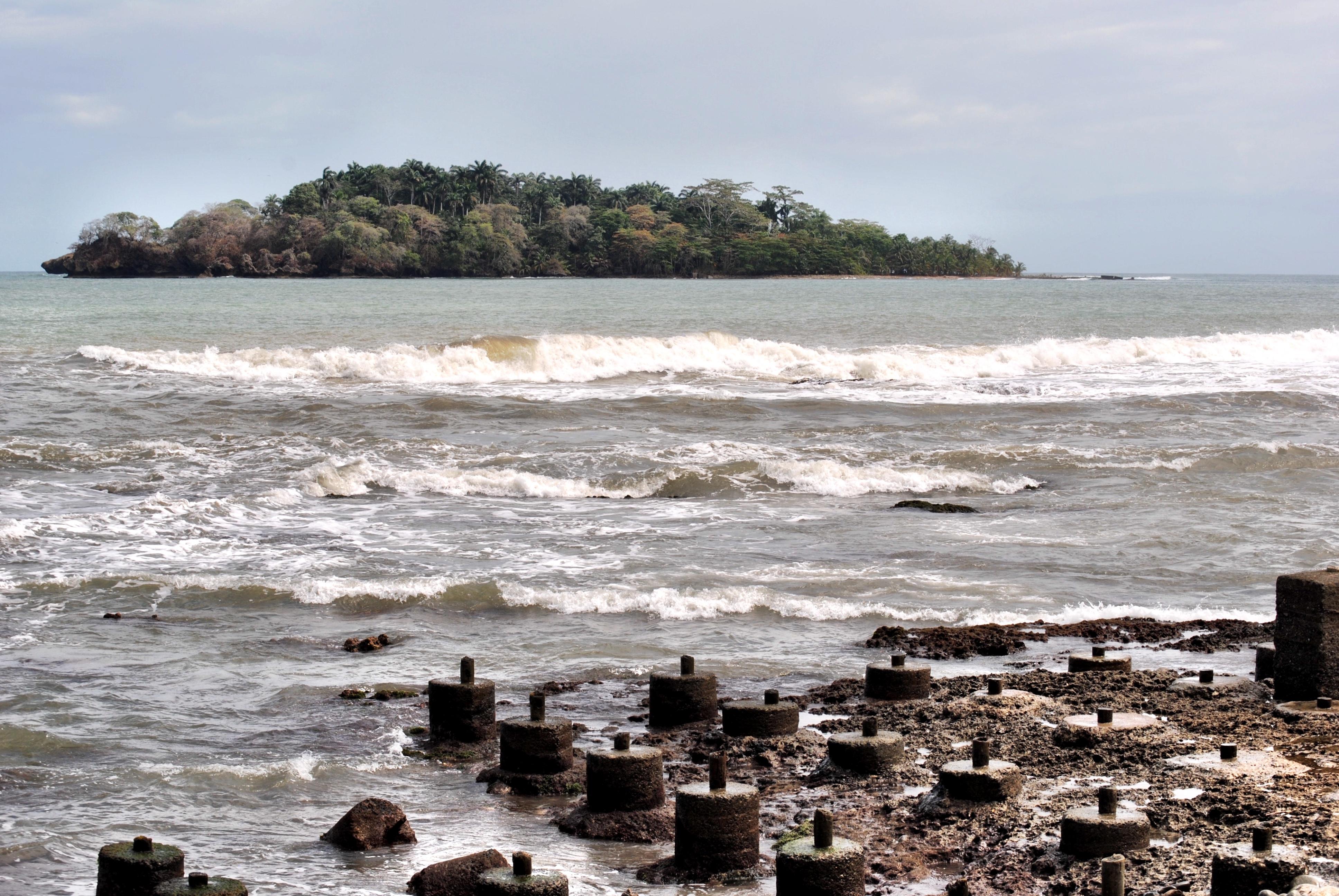 Costa Rica - Puerto Limón - Island Columbus