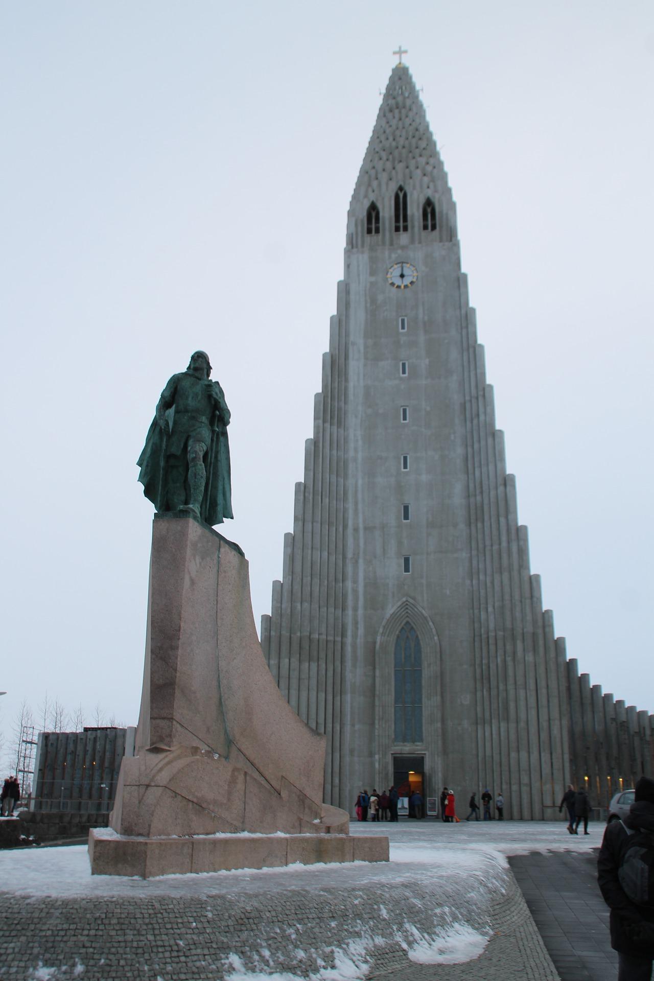 Hallgrímskirkja church in Reykjavik, Iceland