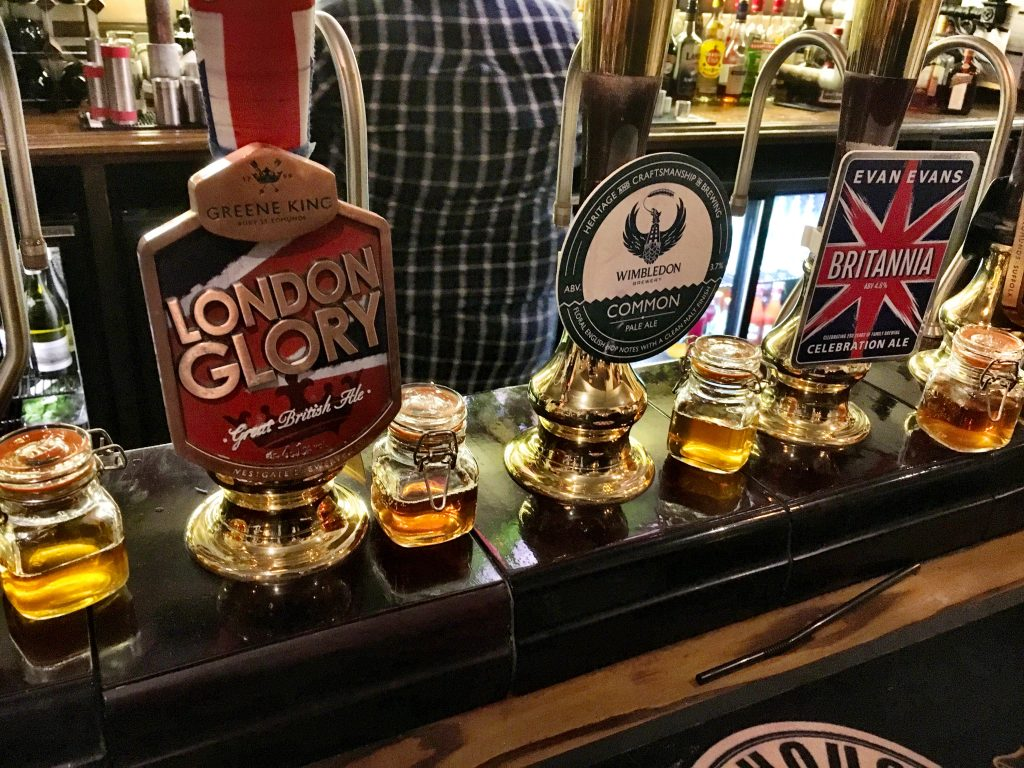 Visit the Pubs in London