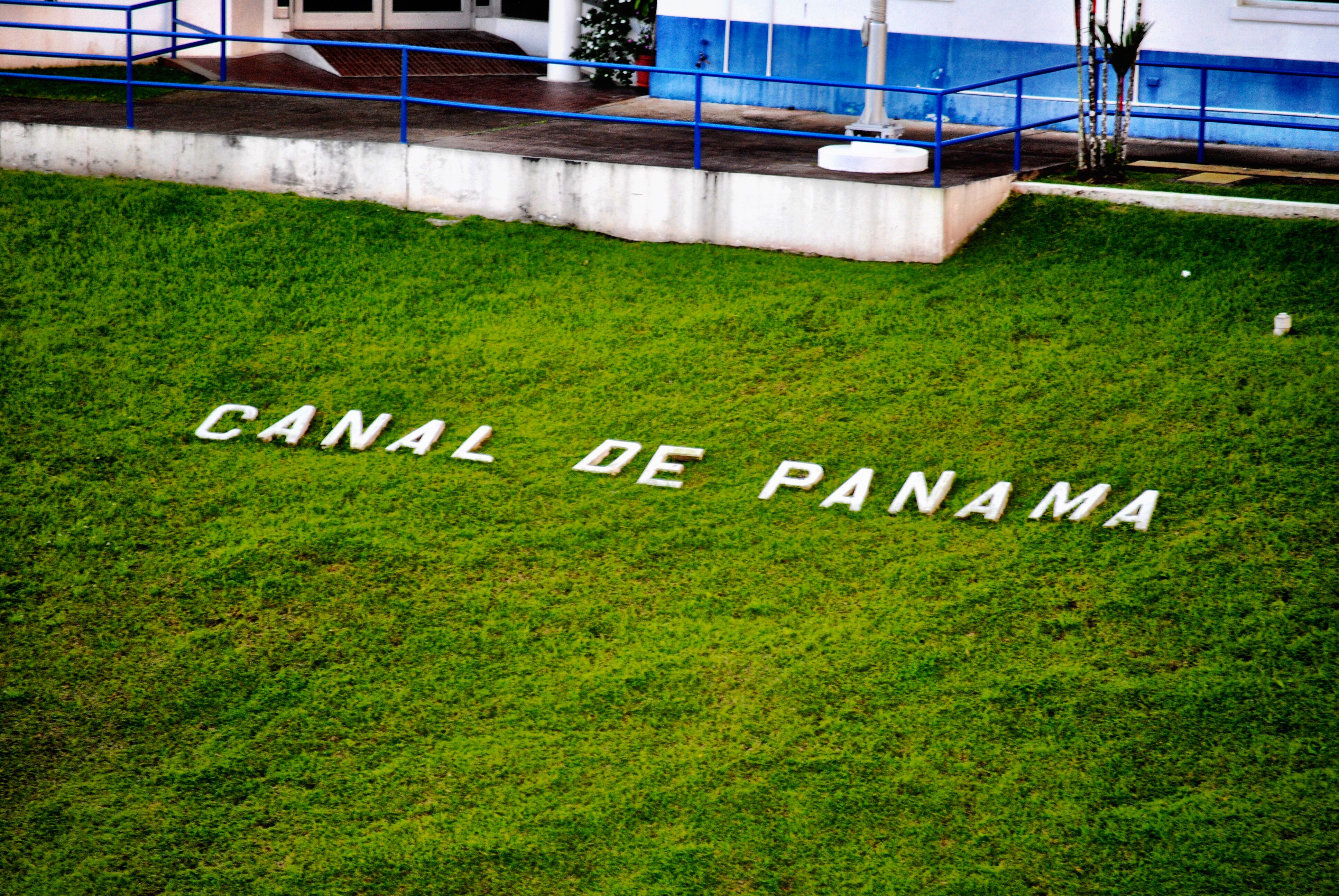 Panama Canal: What You Need to Know About the Gatun Locks