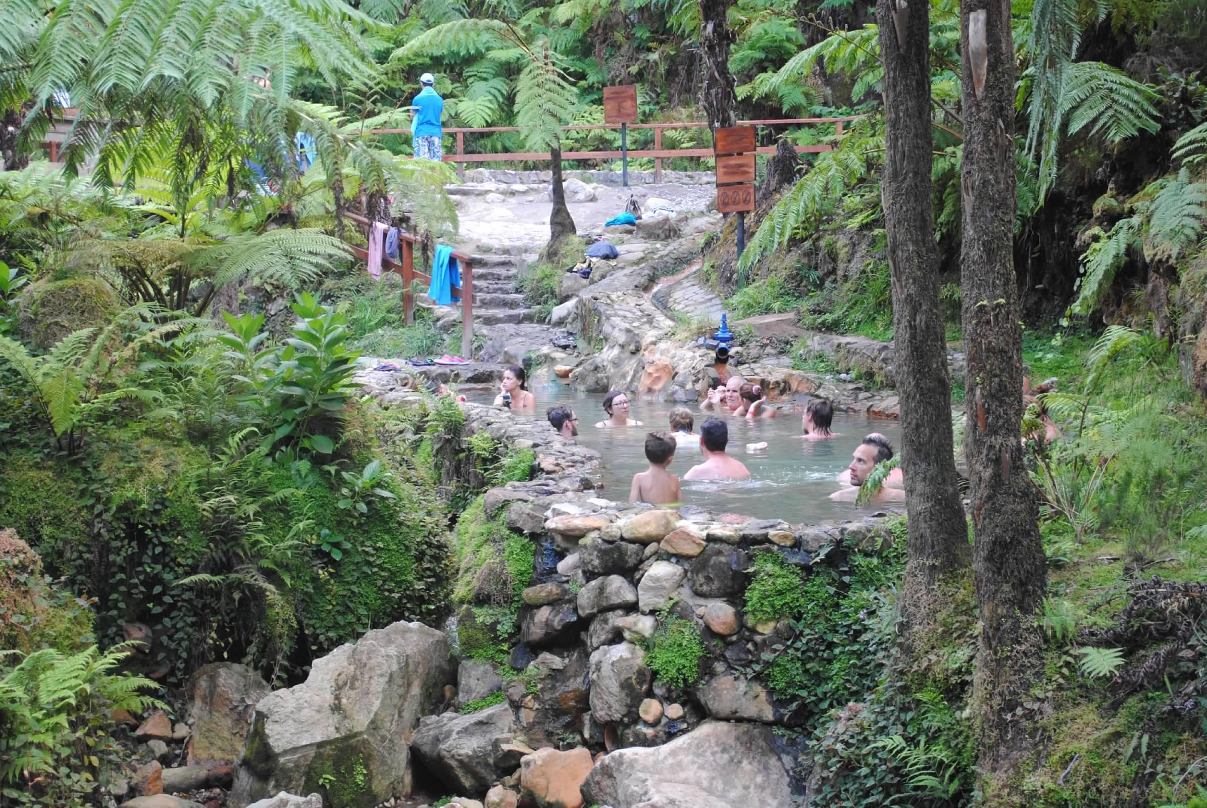 Caldeira Velha hot springs, Azores