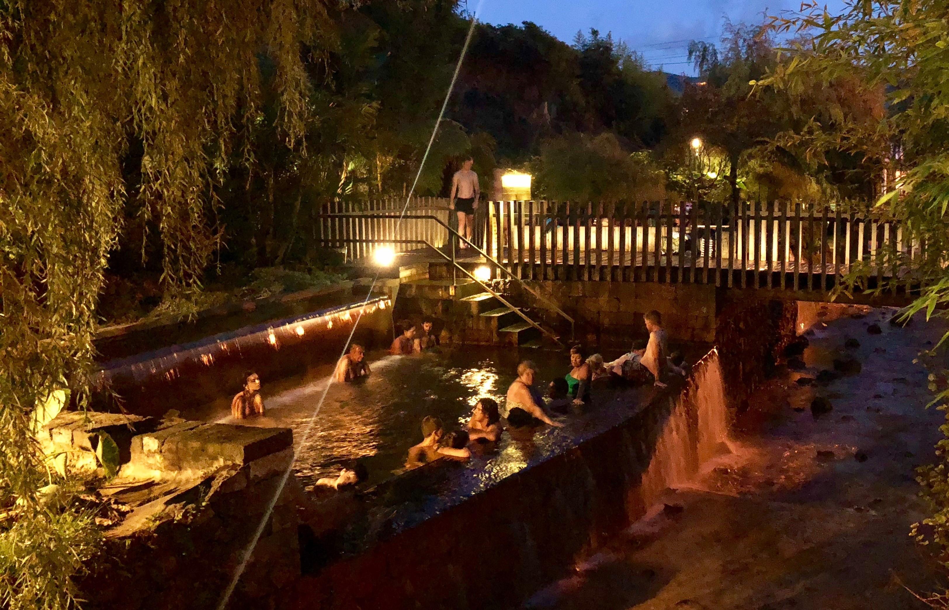 Poça da Dona Beija hot springs, Azores