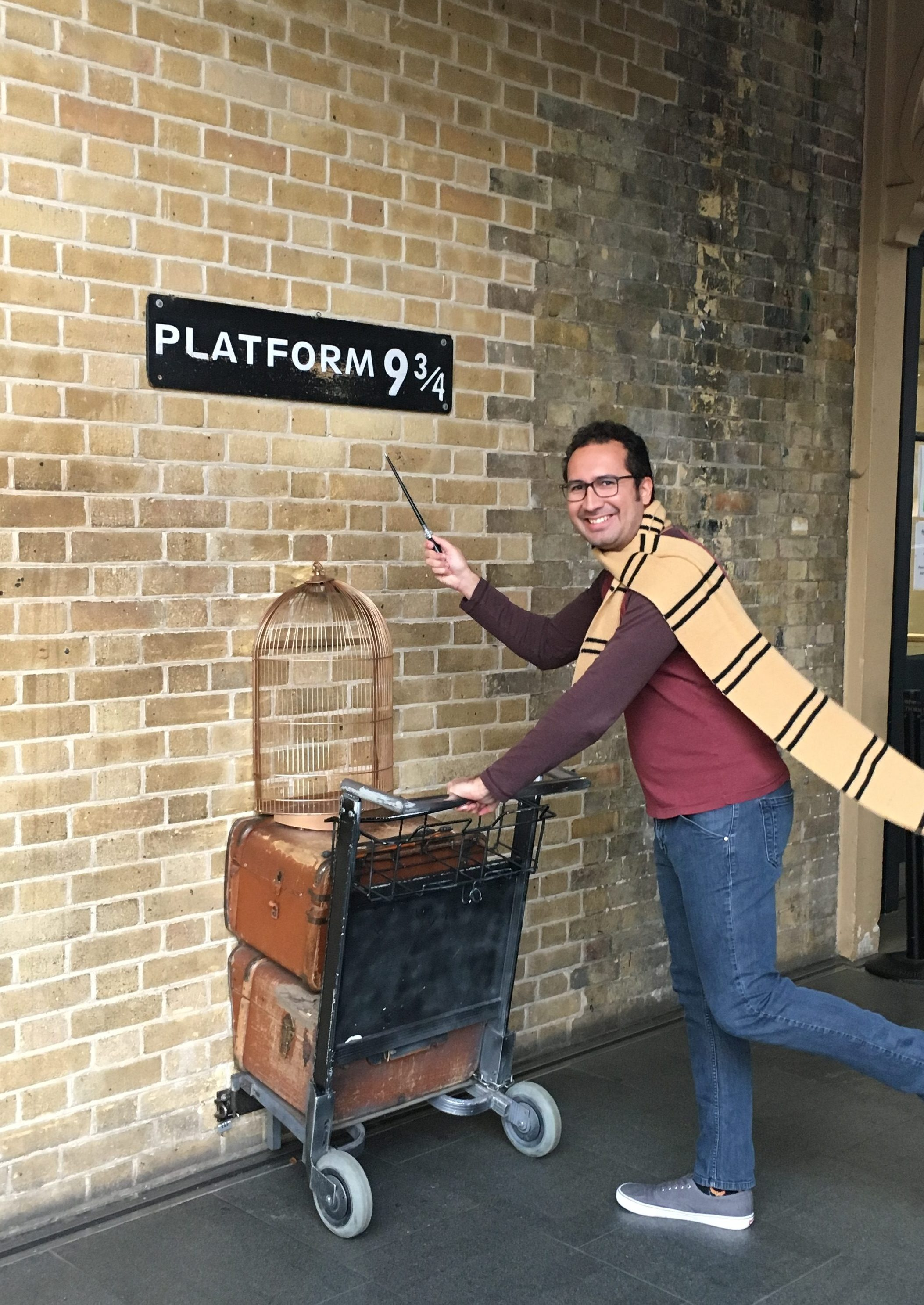 Take your photo at Platform 9 3/4