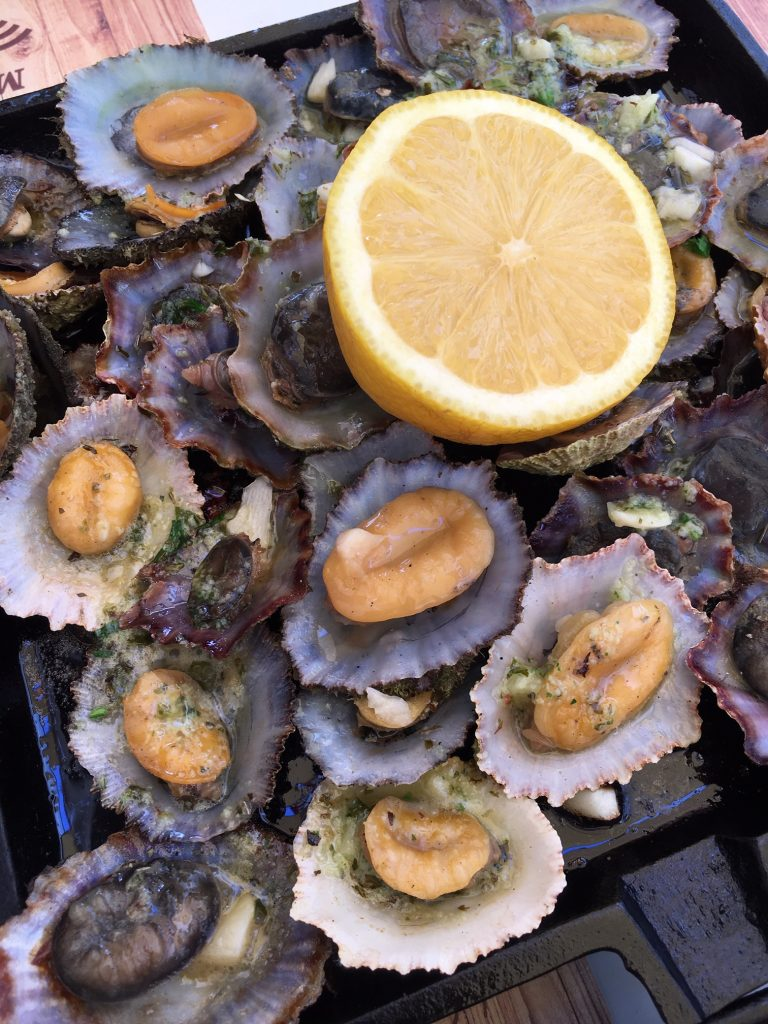 Foods you must try in the Azores: limpets