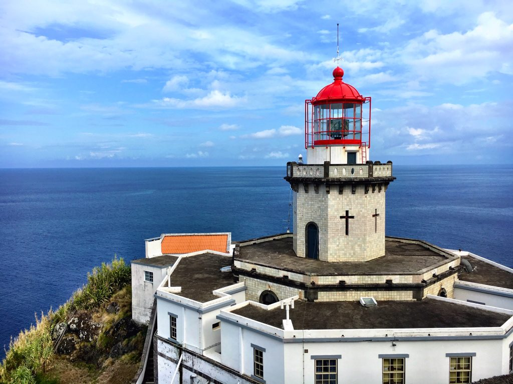 Hike to Farol do Arnel Lighthouse, Azores