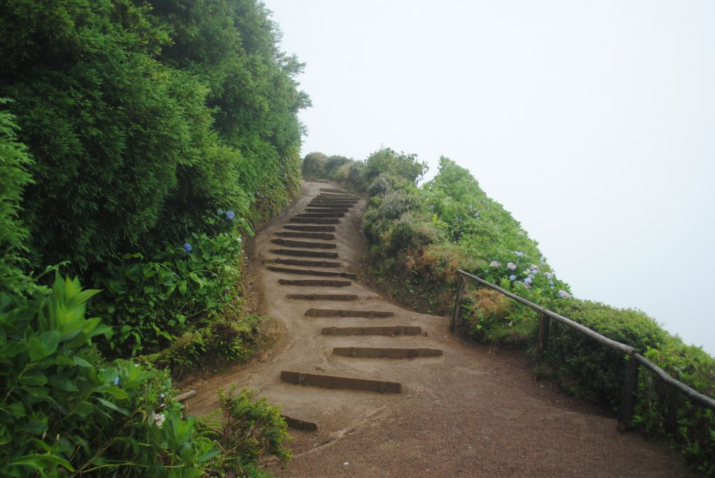 Path to Miradouro da Boca do Inferno, Azores