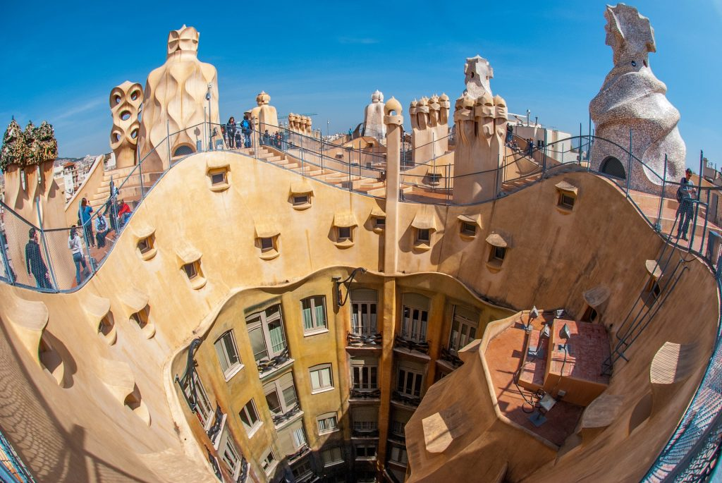 Save money in Barcelona with these tips and tricks