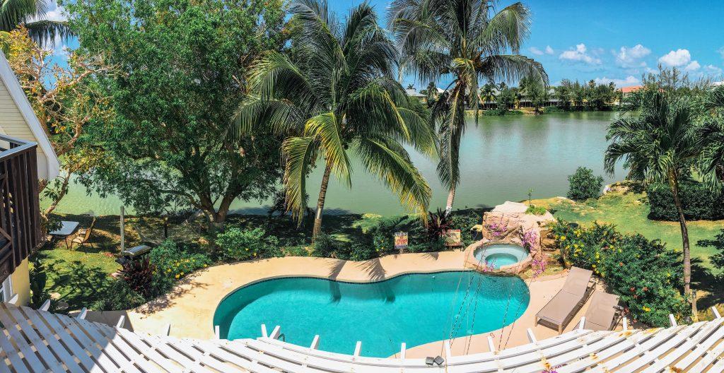 Pool at the Shangri-La in Grand Cayman