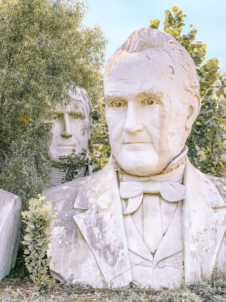 Presidents head statues in Croaker, Virginia