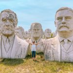 How to see the President Heads statues near Williamsburg, Virginia
